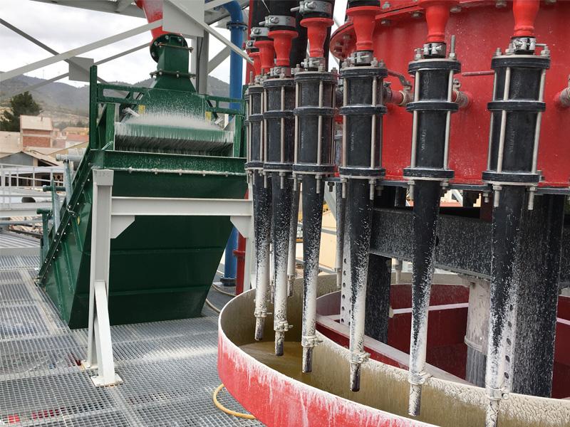 Planta de tratamiento de arenas de sílice y caolín